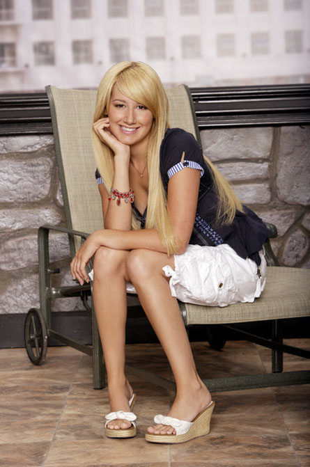 Ashley-Tisdale-ds03.jpg
